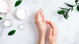 Comment hydrater naturellement la peau sèche