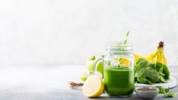 Top 10 des smoothies verts détox. Perdez du poids sainement